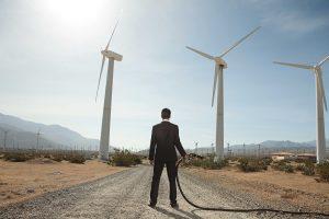 Qual o papel do petróleo no desenvolvimento de fontes de energias renováveis?